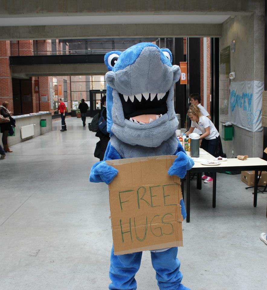 Michel : free hugs !!