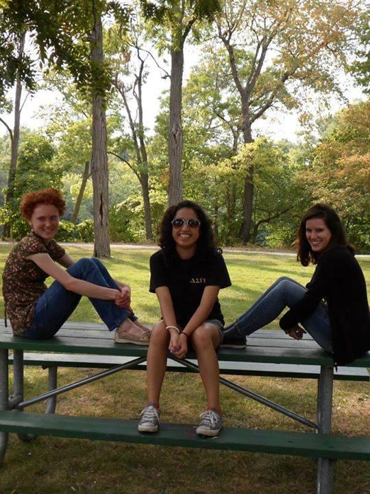 De gauche à droite : Brittni, Maria, Moi