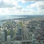 P1050446 (800x600)Vue de la CN Tower sur Toronto