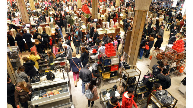 Crowd during black friday