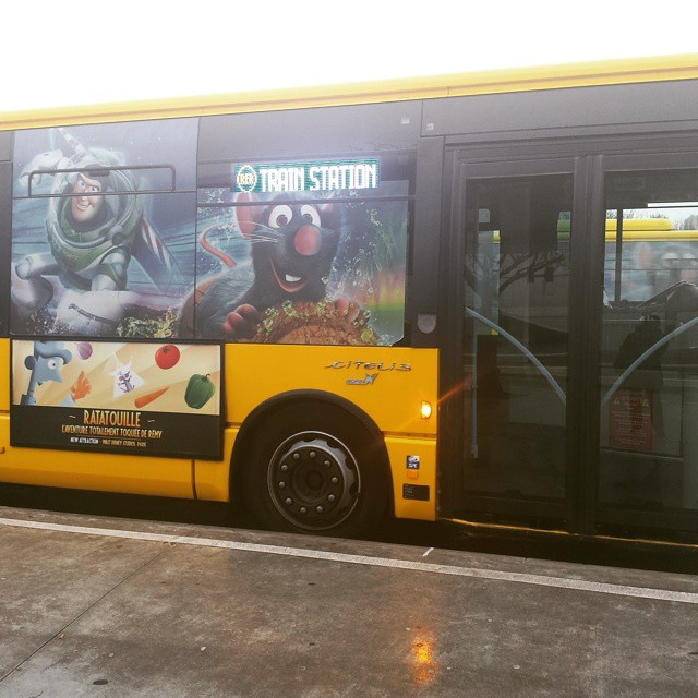Bus disneyland